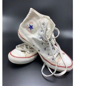 White -preloved converse